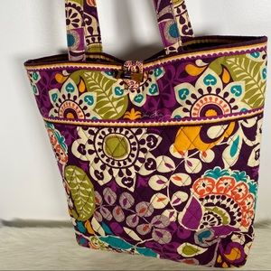 Vera Bradley essential tote bag shoulder